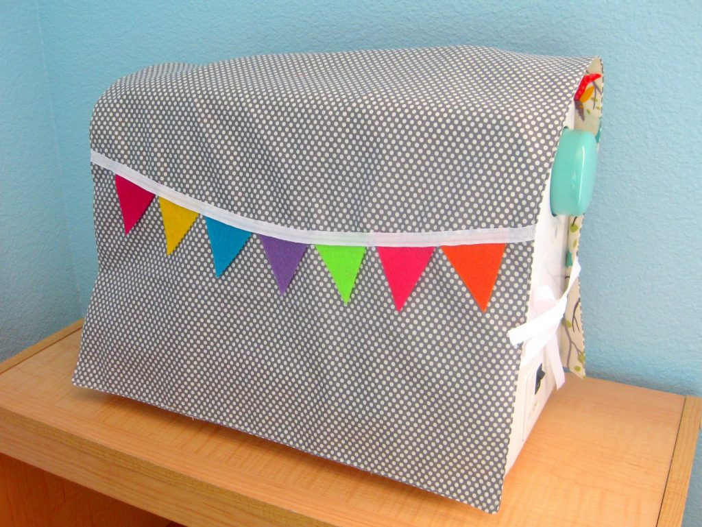 A sewing machine cover with bunting