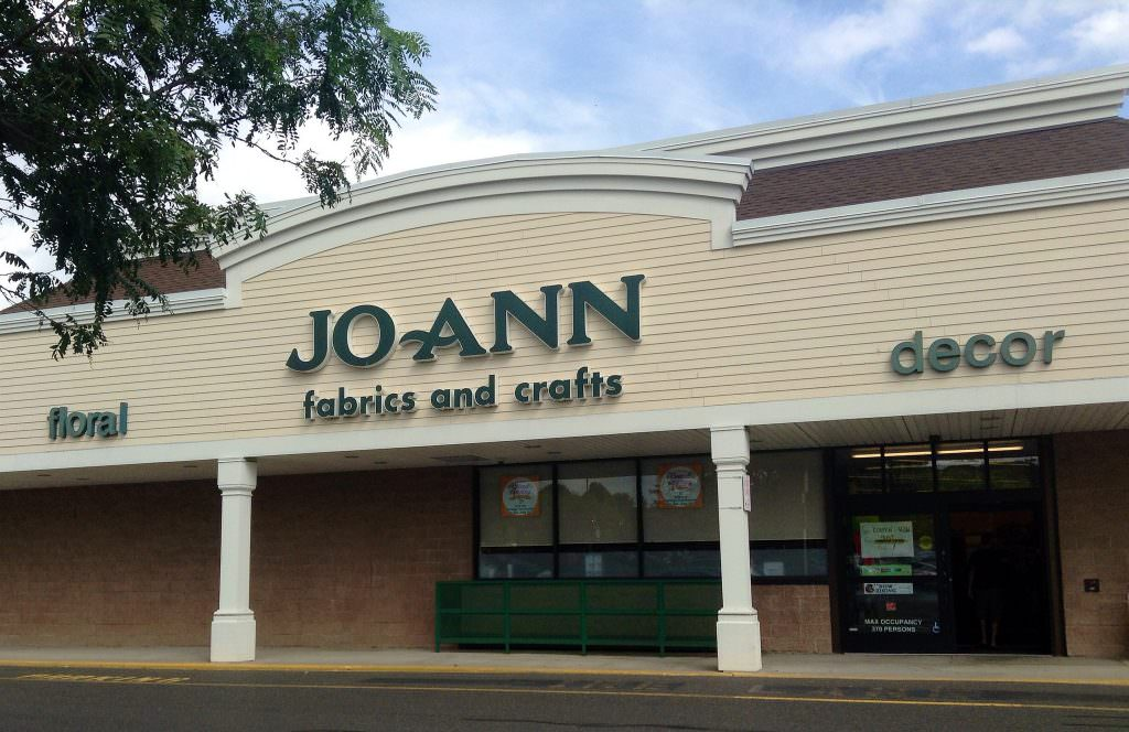 Finding cheap fabric at Jo Ann